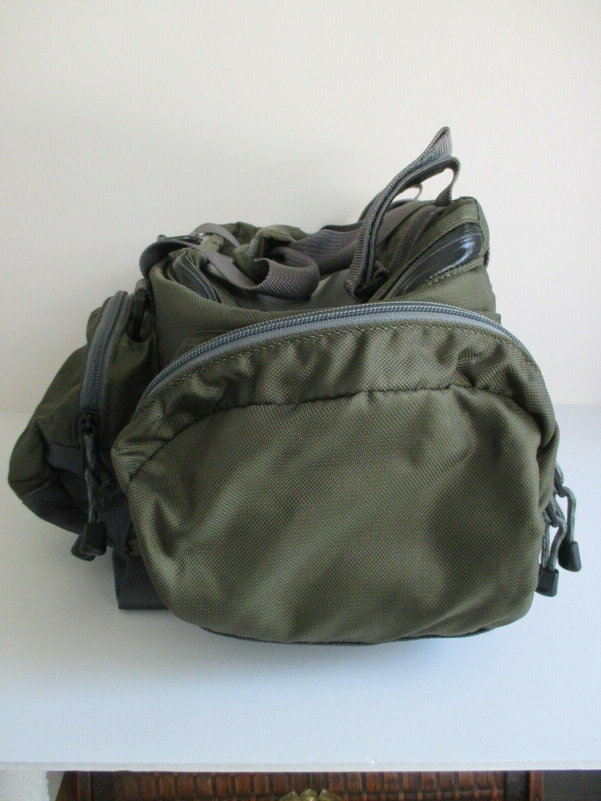 Orvis Multi-Pocket Bag with Nylon NEW NEVER USED