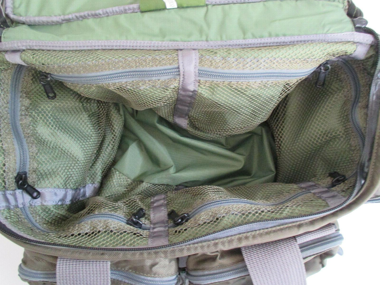 Orvis Multi-Pocket Tackle Bag with Strap Green Nylon NEVER USED